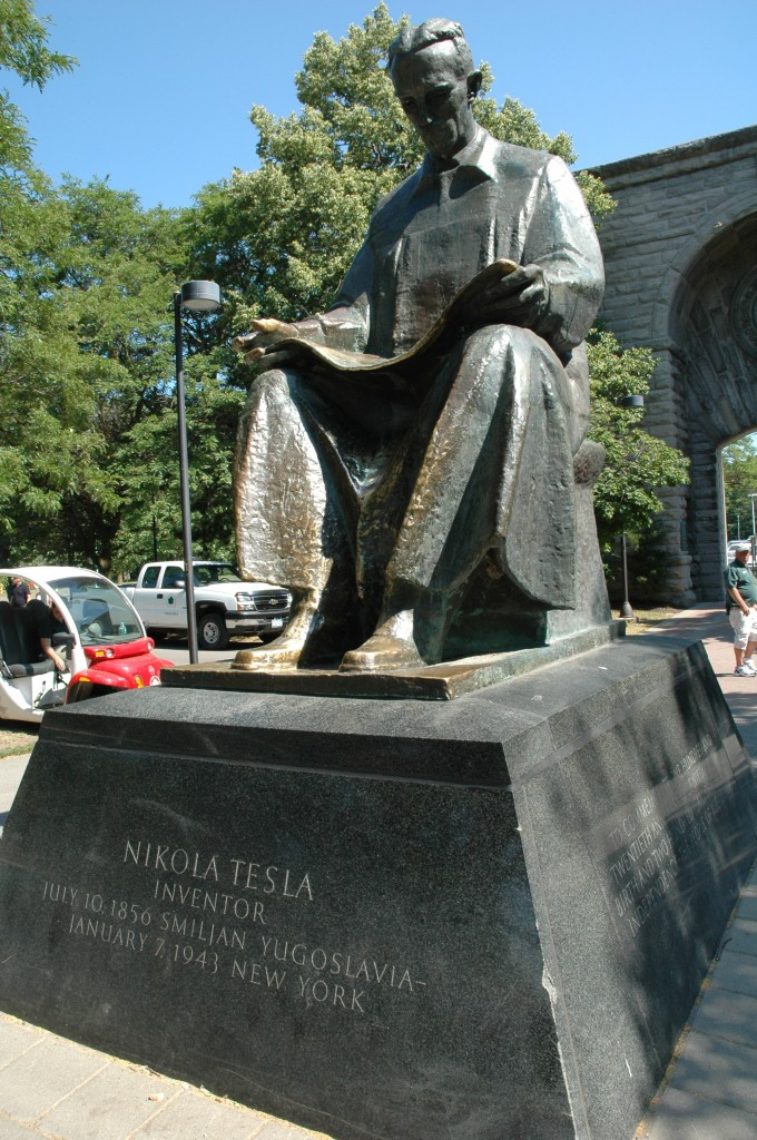 Two Views Of Nikola Tesla At Niagara Falls Science Traveler