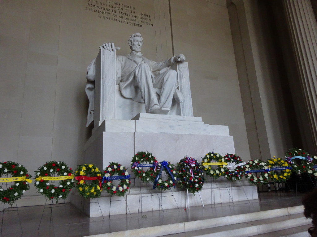 Lincoln Memorial wreaths